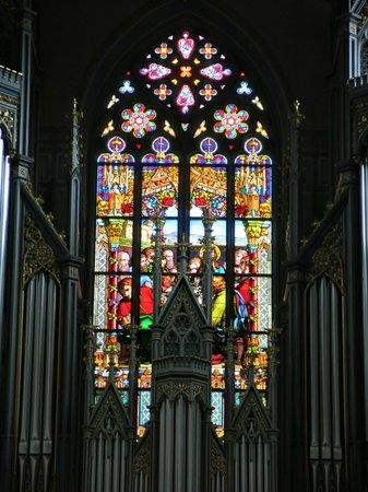 St. Laurenzen: ภาพเขียนบนกระจกสี