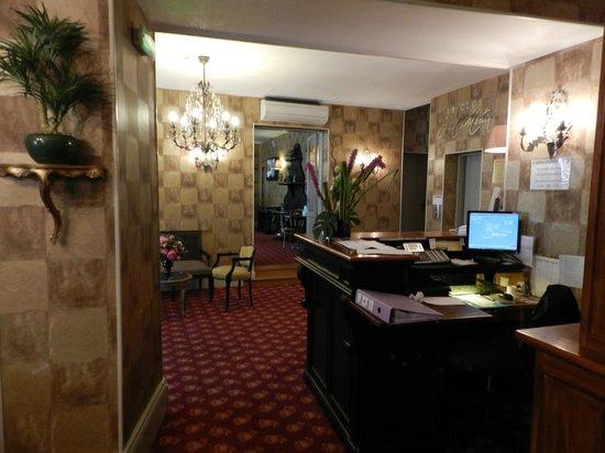 Le Clos Saint Martin : Accueil de l'hotel