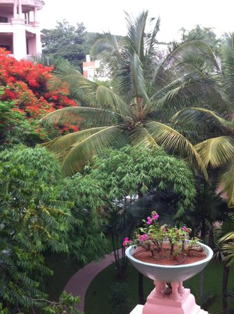 The Leela Palace Bengaluru: view from room