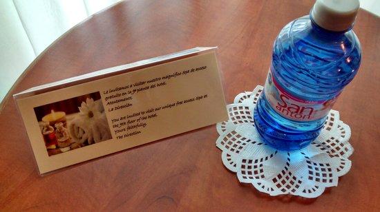 Reina Isabel Hotel : INVITACION SPA Y AGUA DE CORTESIA