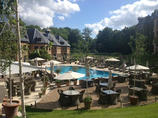 Pennyhill Park, an Exclusive Hotel & Spa : The Pool Area