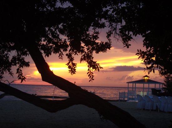 Hotel Playa Pesquero: Un des magnifiques couchers de soleil