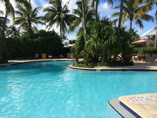 Tranquility Bay Beach House Resort : Main Pool Area
