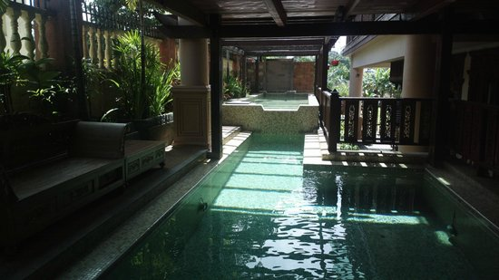 Villa Warisan JA : pool...