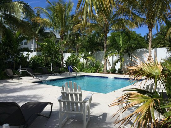 Tranquility Bay Beach House Resort: Adult ONLY Pool