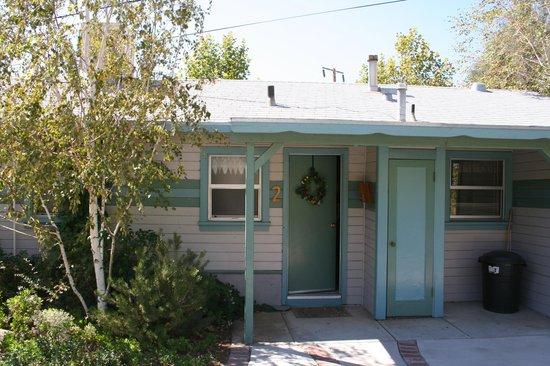 "Sierra Gateway Cottages: The ""Sequoia"" cottage"