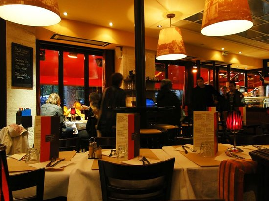 parital menu picture of bistrot de la tour eiffel paris tripadvisor. Black Bedroom Furniture Sets. Home Design Ideas