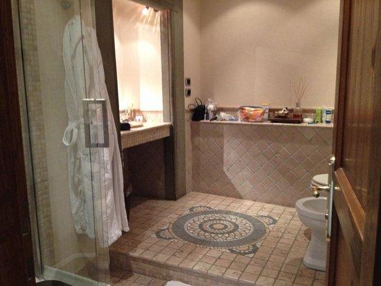Residenza d'Epoca in Piazza della Signoria: Bathroom in the Leonardo room