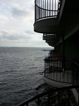 The Landing at Seven Coves: Balconies over the water.
