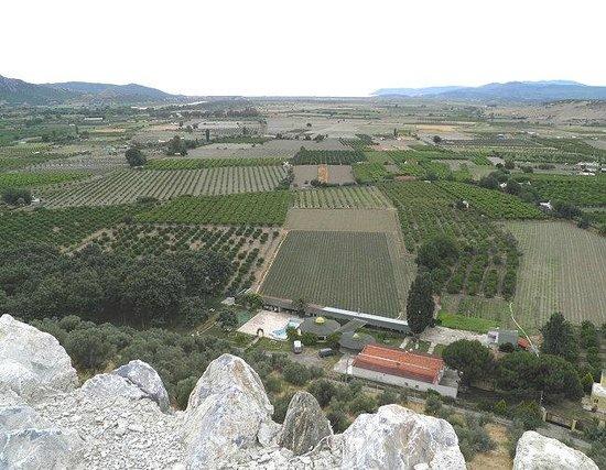 Ayasoluk Castle : View SouthWest towards the Aegean - Kusadasi behind the distant hill left