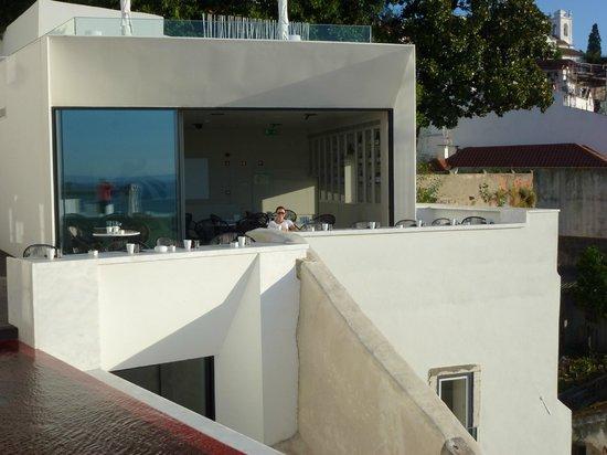 Memmo Alfama Hotel: Terasse