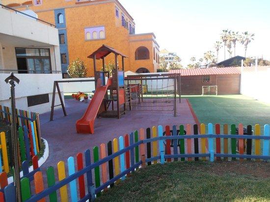 H10 Conquistador : espace jeux enfants.....