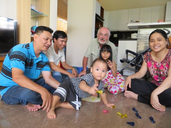 Jolie Villa Hoi An Homestay: Jolie and her family