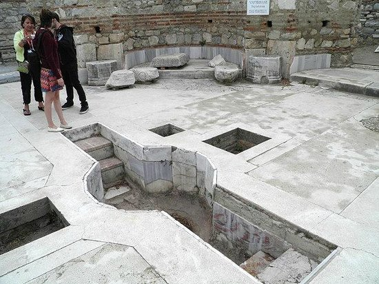 The Basilica of Saint John: The old baptizing area