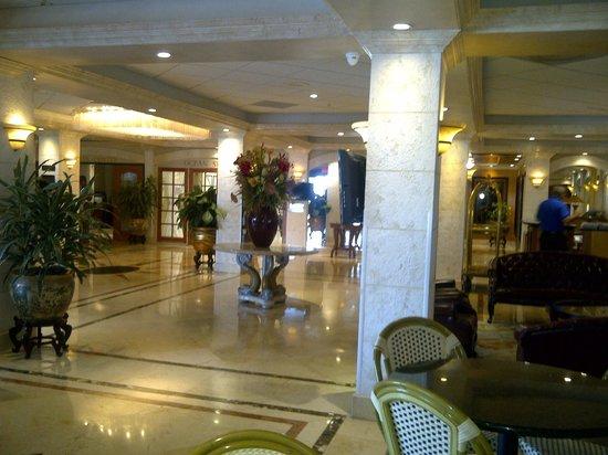 Ocean Sky Hotel & Resort : lobby