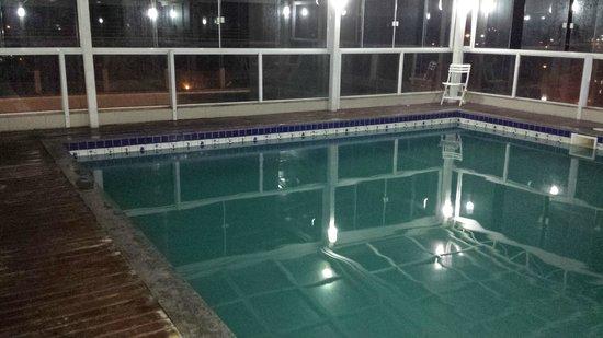 Mar de Canasvieiras Hotel & Eventos: o cheiro de cloro era bem forte