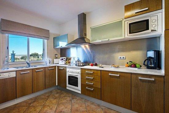 Vale d'El Rei Resort: Superior Townhouse - Kitchen