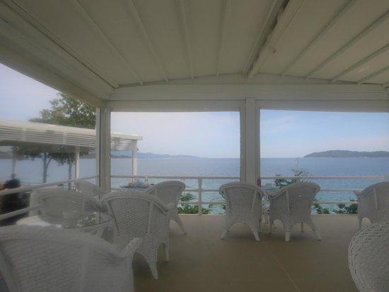 Kassandra Bay Resort & SPA: View from bar