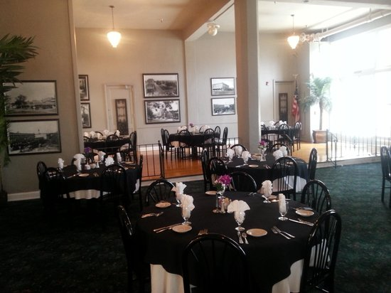 Avon Park, FL: Dining Room