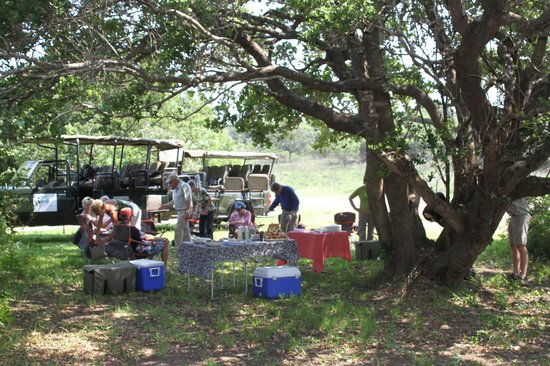 Makakatana Bay Lodge : barbecue