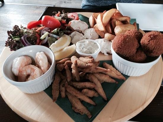Eyre Court Hotel : seafood sharing platter