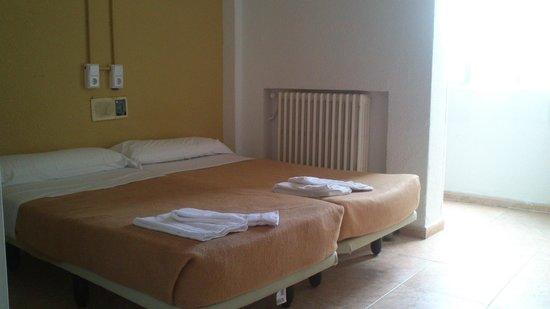 Madrid Motion Hostel: Habitación doble privada 7ª planta