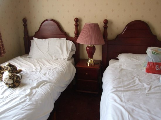 Britannia Prince of Wales - Southport : Room 218 Beds