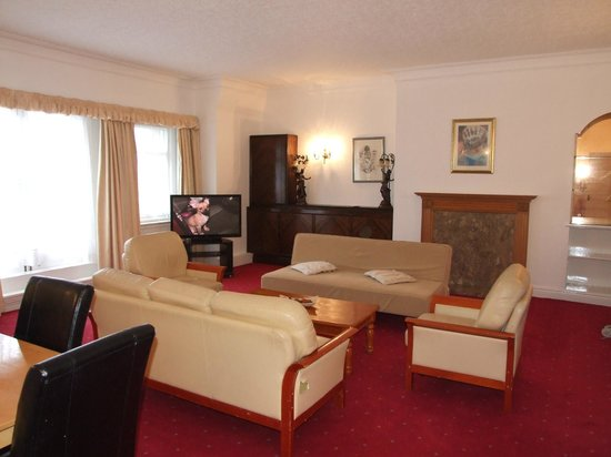 Britannia Prince of Wales - Southport: Penthouse lounge