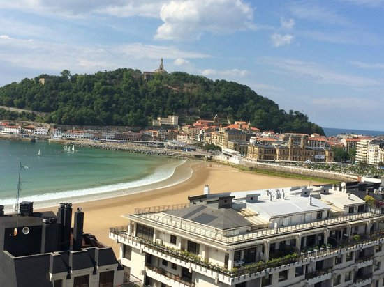 Tryp San Sebastian Orly Hotel: View