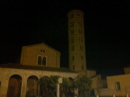 NH Ravenna : Ravenna di notte
