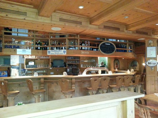 Restaurant Zauberstubn Oberammergau: Bancone bar