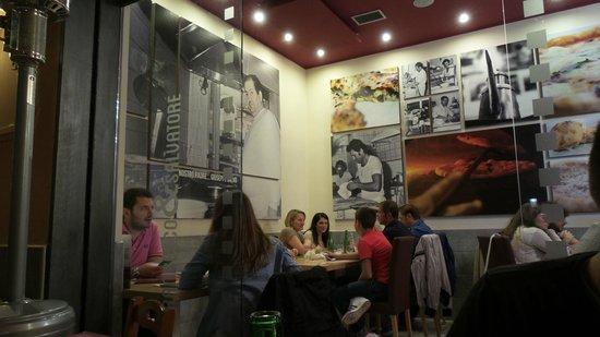 Pizzeria Salvo: Particolare  locale