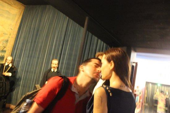 Museo de Cera de Madrid: Quienes se han dado el gusto de besar a AJ? jaaa historicoooo