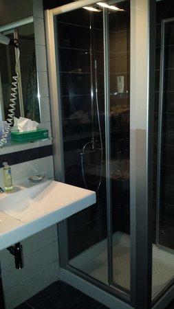 Hotel Ristorante Giardinetto: Bathroom