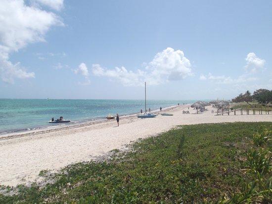 Bravo Caracol: La plage au 13 mars 2012.