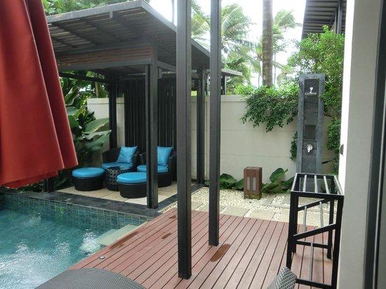 Ramada Khao Lak Resort: Outdoor seats