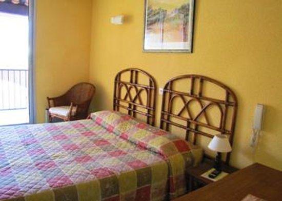 Hotel Alhambra : Chambre double