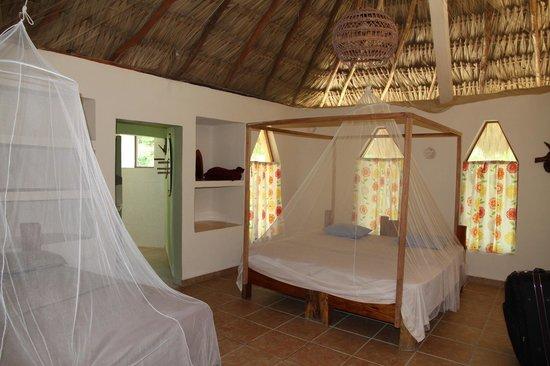 Bungalow photo de villas ecotucan bacalar tripadvisor for Hotel luxury villas bacalar