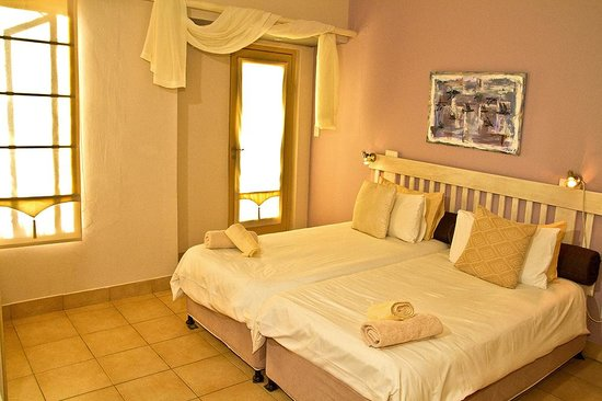 Guesthouse Fischreiher B&B : Cormorant Balcony Room