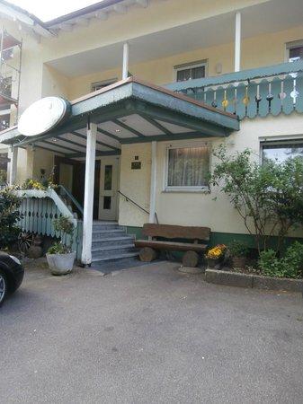 Hotel Landhaus Waldesruh: entrata albergo