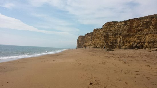 Burton Bradstock, UK: Cliffs at Hive beach