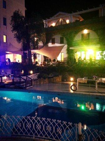 Conca Park Hotel : Piscina