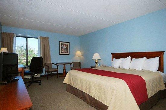 Magnuson Hotel Framingham: King