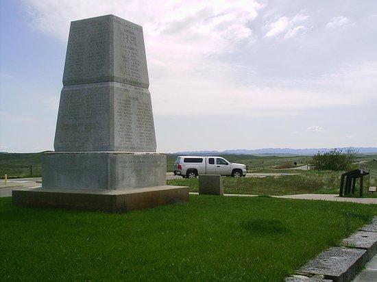 Little Bighorn Battlefield National Monument : 7th CAV monument