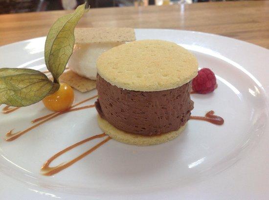 Halen Mor: Earl Grey Chocolate delice