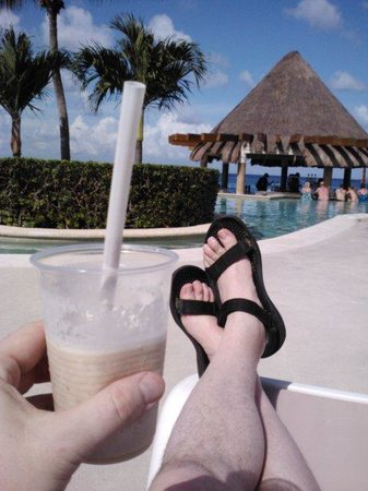 Grand Park Royal Luxury Resort Cozumel : Relaxing in Cozumel