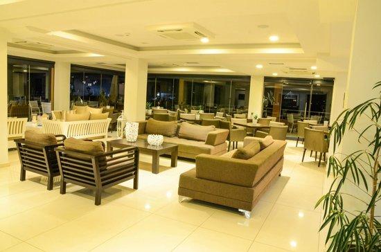 Hotel Giannoulis: LOBBY