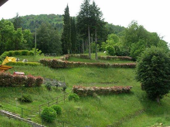 Antica Residenza I Ronchi di Bellagio: Сад