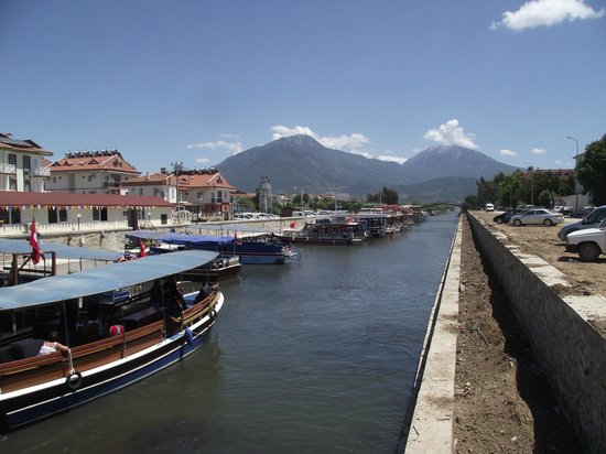 Kaan Hotel: Calis canal