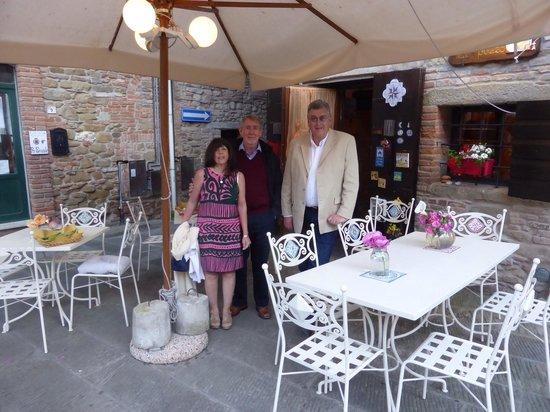 Osteria Il Gallo nel Pozzo: Out with friends